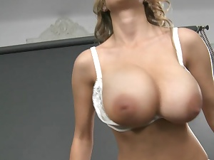 Tall gorgeous inexperienced tits!