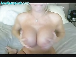 Flaxen-haired Webcam Milf Dildos The brush Pussy