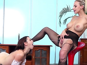 Fervid girl/girl kitties get sprayed with pee and squir99hAG