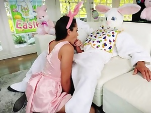 Teens first-ever time sex Uncle Tear up Bunny